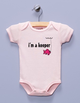 """""""I'm a Keeper"""" Pink Infant Bodysuit / One-piece"""