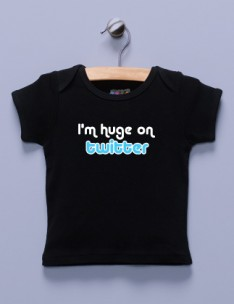 &quot;I'm Huge on Twitter&quot; Black Shirt / T-Shirt